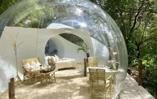 Rock-and-Sea-Bubble-Easy-Africa