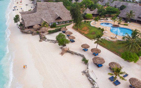 Sandies-Baoba-Beach-easy-africa