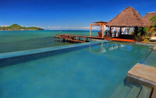 l-heure-bleue-piscina